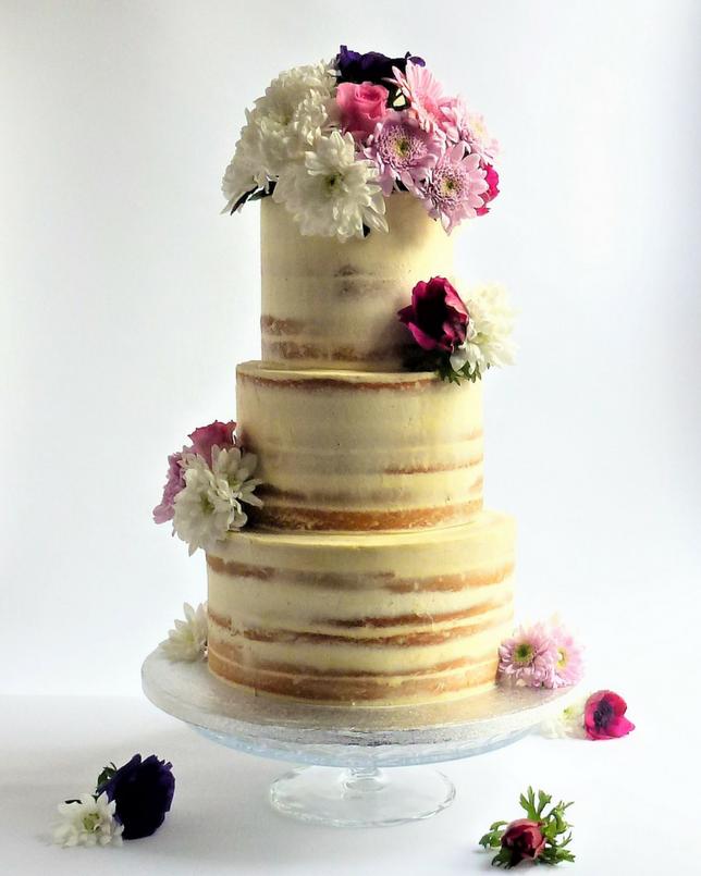 Wedding Cakes With Flowers: Semi-Naked Wedding Cake With Fresh Flowers